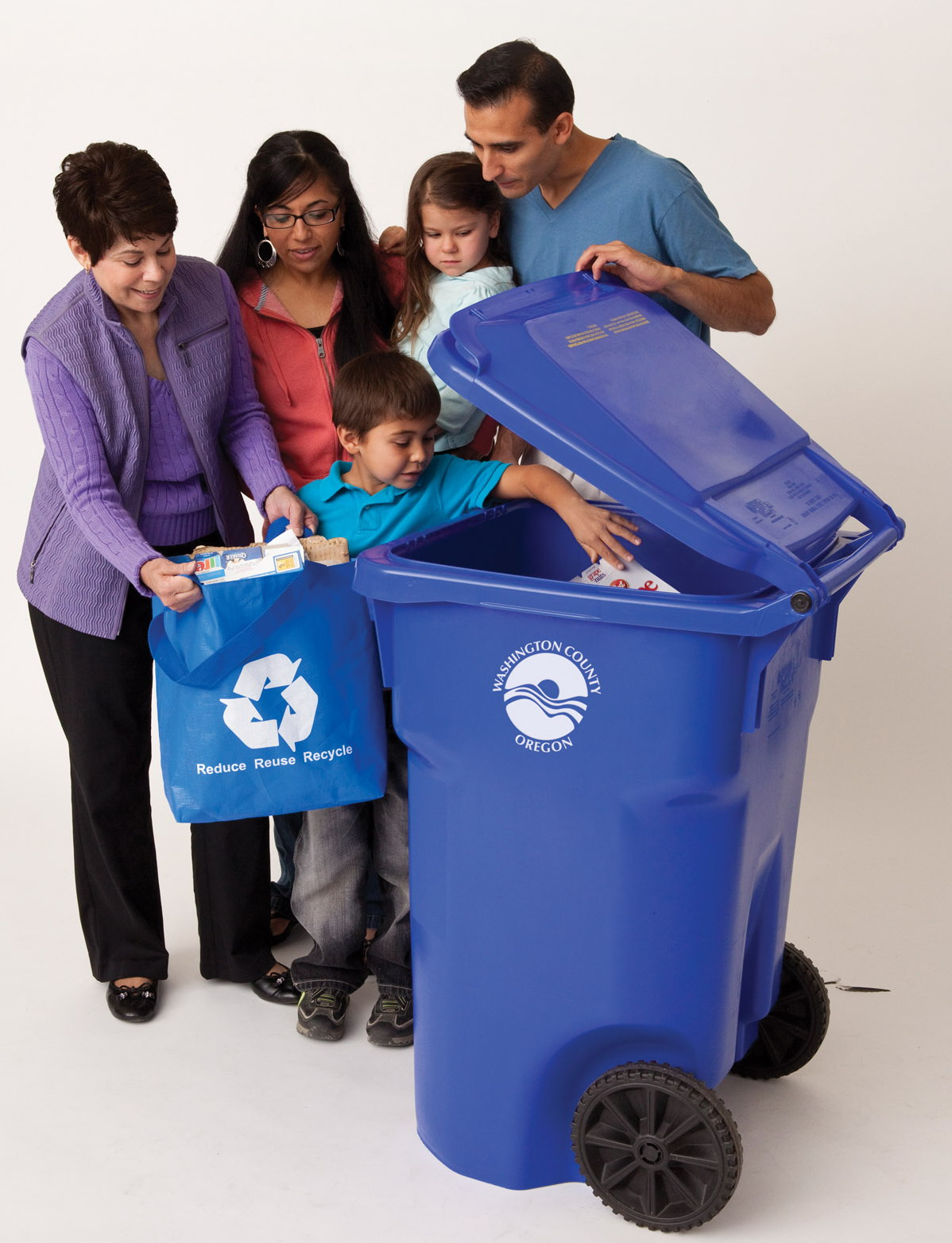 recycling family cropped