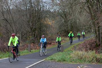 Cyclists on Banks Vernonia Trail
