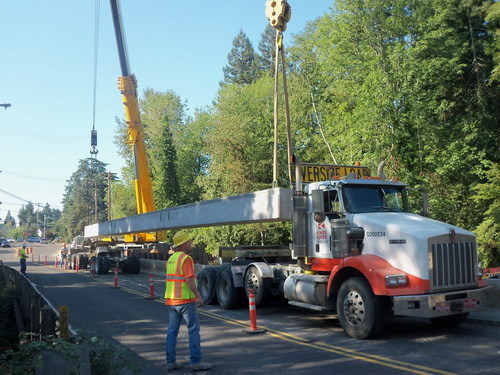 Scholls Ferry at Fanno Creek bridge beam delivery